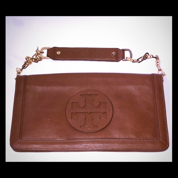 Tory Burch Handbags - Tory Burch Reva Clutch Purse